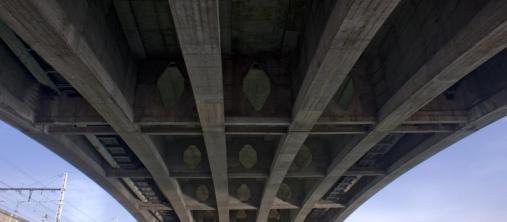 Bruggen verstevigen met lijmwapening